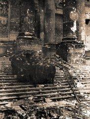 Советские летчики у рейхстага.  Май 1945 г. РГАСПИ. Ф. М-10. Оп. 1. Д. 11163.
